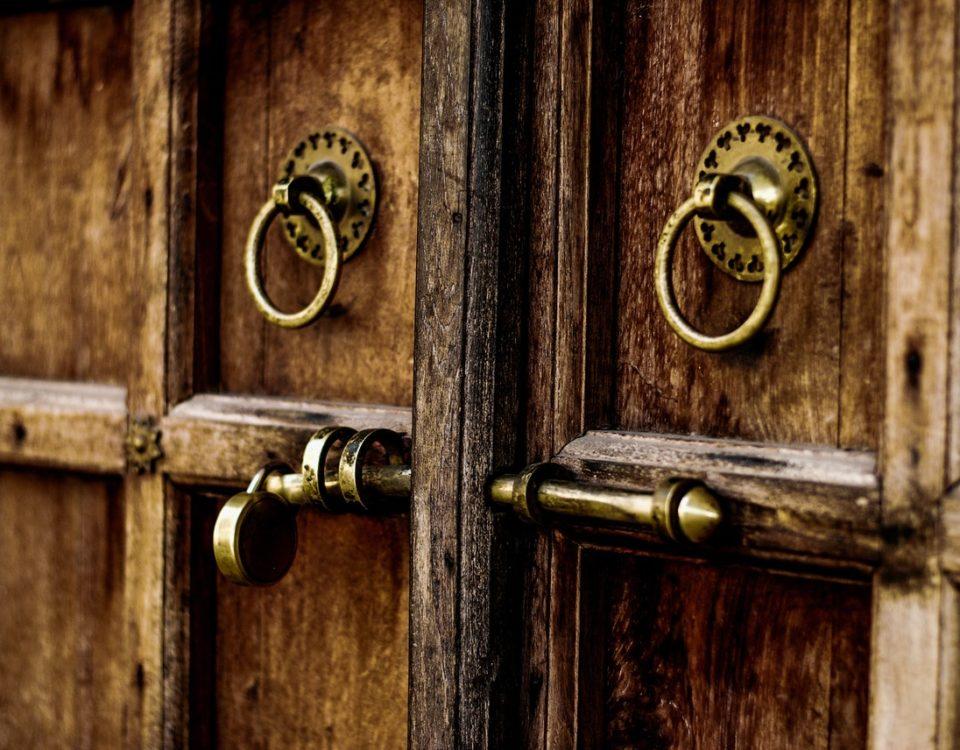 puertas antiokupas